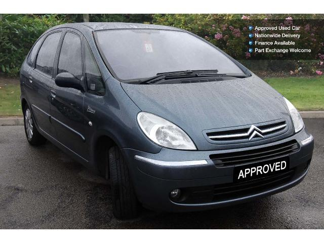 used citroen xsara picasso 1 6 hdi 92 vtx 5dr diesel estate for sale bristol street motors. Black Bedroom Furniture Sets. Home Design Ideas