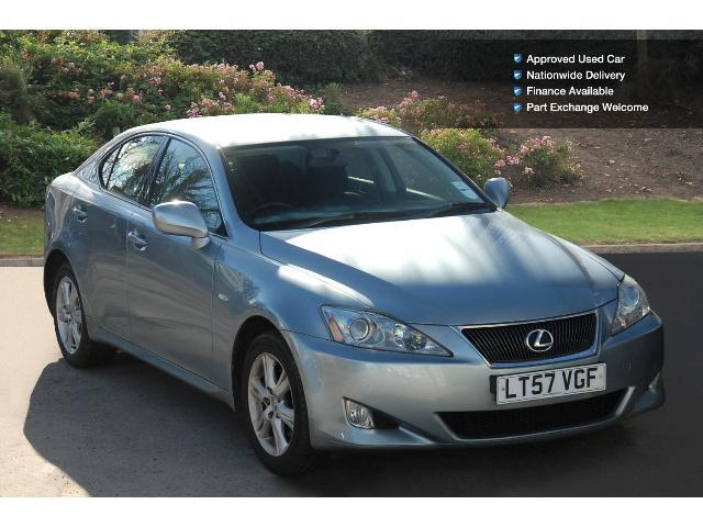 used lexus is 220d 4dr diesel saloon for sale bristol street motors. Black Bedroom Furniture Sets. Home Design Ideas