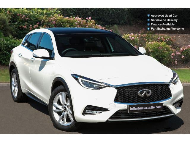 book a used infiniti q30 1 5d premium tech 5dr diesel. Black Bedroom Furniture Sets. Home Design Ideas