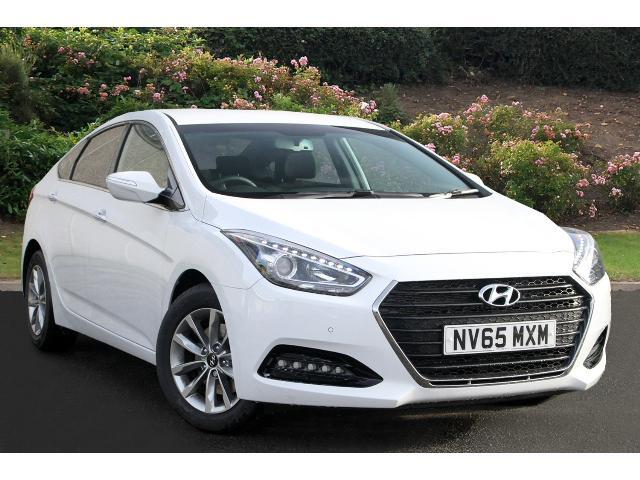 used hyundai i40 1 7 crdi blue drive se nav 4dr diesel saloon for sale bristol street motors. Black Bedroom Furniture Sets. Home Design Ideas