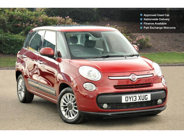 book a used fiat 500l 1 6 multijet 120 lounge 5dr diesel hatchback test drive bristol street. Black Bedroom Furniture Sets. Home Design Ideas