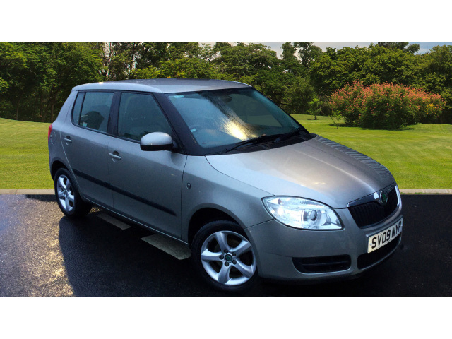 enquire on a used skoda fabia 1 4 tdi pd 80 2 5dr diesel hatchback bristol street motors. Black Bedroom Furniture Sets. Home Design Ideas