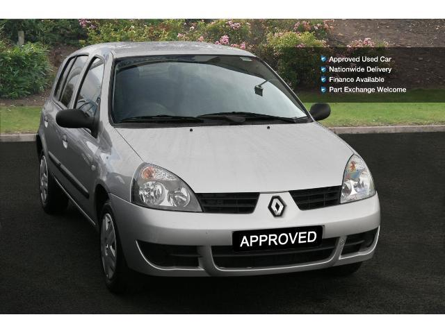 book a used renault clio 1 2 campus 2007 5dr petrol hatchback test drive bristol street motors. Black Bedroom Furniture Sets. Home Design Ideas