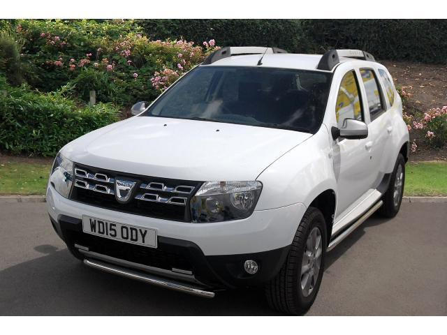 used dacia duster 1 5 dci 110 laureate 5dr 4x4 diesel estate for sale bristol street motors. Black Bedroom Furniture Sets. Home Design Ideas