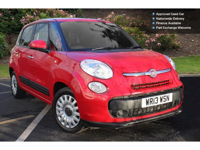 used fiat 500l 1 6 multijet 105 easy 5dr diesel hatchback. Black Bedroom Furniture Sets. Home Design Ideas