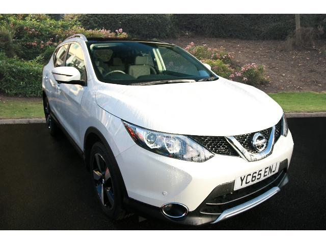 used nissan qashqai 1 2 dig t n tec 5dr xtronic petrol hatchback for sale bristol street motors. Black Bedroom Furniture Sets. Home Design Ideas