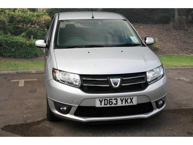 used dacia sandero 0 9 tce laureate 5dr petrol hatchback for sale bristol street motors. Black Bedroom Furniture Sets. Home Design Ideas