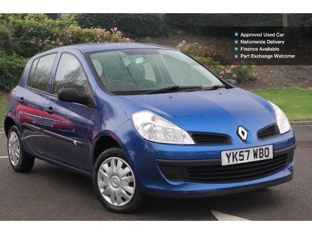 used renault clio 1 2 16v expression 5dr petrol hatchback for sale bristol street motors. Black Bedroom Furniture Sets. Home Design Ideas
