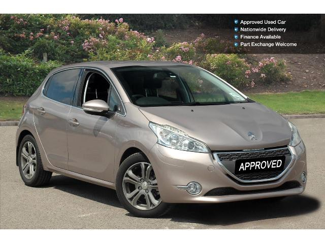 used peugeot 208 1 4 vti allure 5dr petrol hatchback for sale bristol street motors. Black Bedroom Furniture Sets. Home Design Ideas