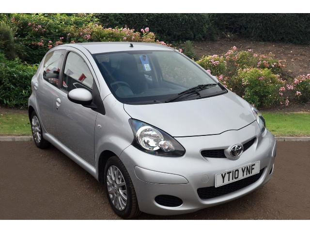 used toyota aygo 1 0 vvt i platinum 5dr petrol hatchback. Black Bedroom Furniture Sets. Home Design Ideas
